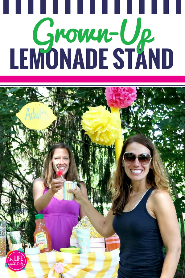 Looking to make your lemonade stand a little more fun? This lemonade stand for grown ups is sure to be a blast, especially when you make these three fun summer lemonade cocktails. We're sharing the boozy recipes along with everything you need to know to host your own simple adult lemonade stand party. #FloridasNatural #ad #summer #lemonade #cocktails #recipe #adults #grownup