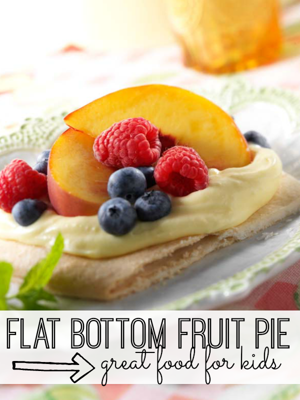 Built like a pizza, this flat bottom fruit pie recipe is fun to make and fun to eat!