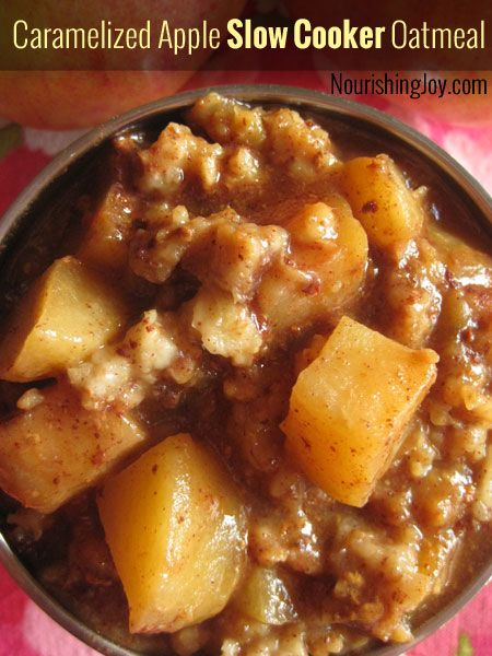 caramelized-apple-slow-cooker-oatmeal