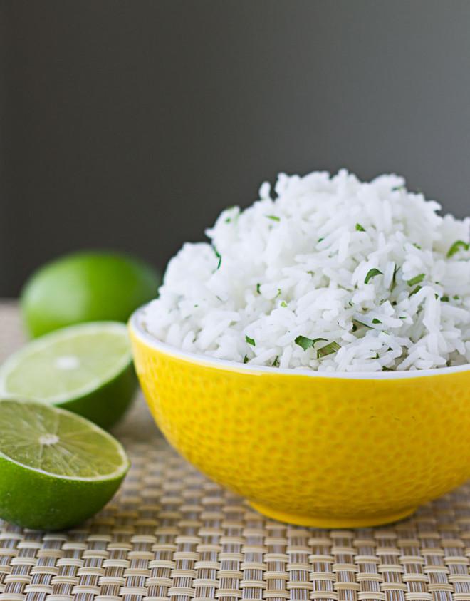 chipotle-cilantro-lime-rice-copycat