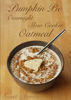 pumpkin-pie-overnight-slow-cooker-oatmeal