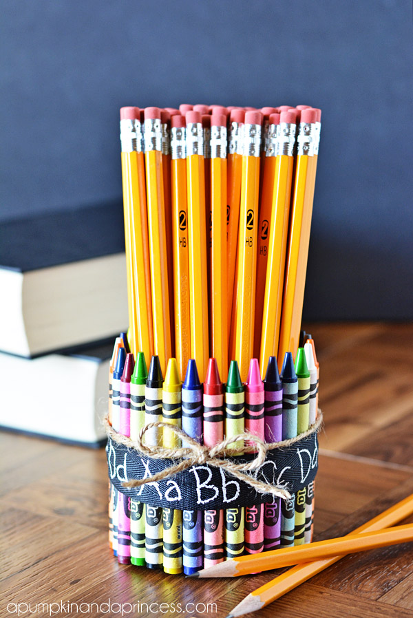The kids are heading back to school in the next few weeks! Check out these 10 gifts for teachers. #3 is my favorite!