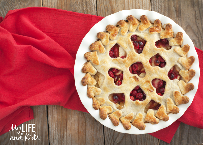 Five Pie Crust Designs You Ll Love My Life And Kids