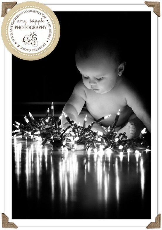 25 fun christmas card photo ideas my life and kids the holidays are a time to bring family together what better way to spread holiday solutioingenieria Choice Image