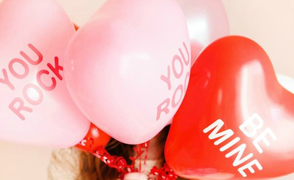 Looking for some fun Valentine's Day games for kids? Whether you just want to have fun at home or need a great Valentine's Day party game for the classroom, you're sure to find what you're looking for with these 30 awesome Valentine's Day games for kids. My kids are obsessed with #18!