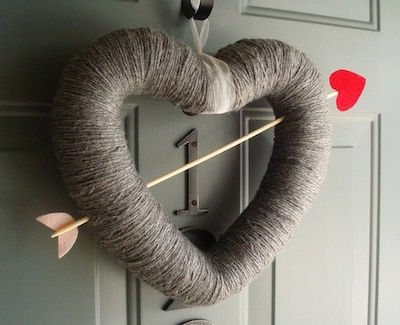 It's cold outside! Warm up your home and heart with these 15 lovable Valentine's Day Crafts.