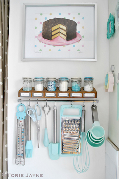 Optimize your space with these 15 kitchen organization ideas that are smart and stylish.