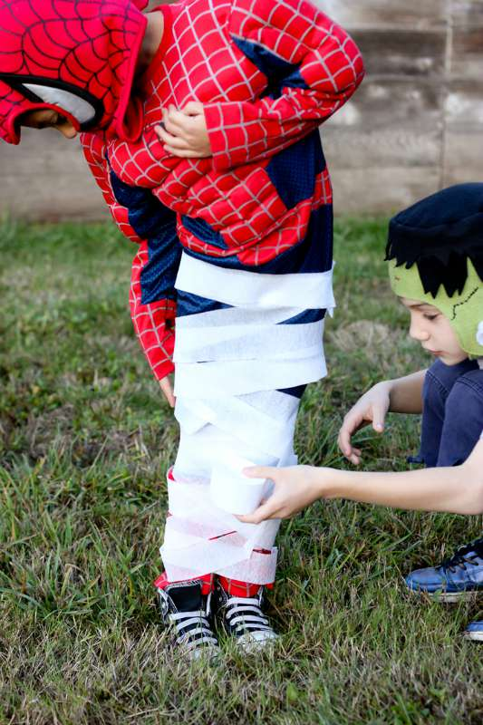 Family Party Games >> 30 of the BEST Halloween Games for Kids