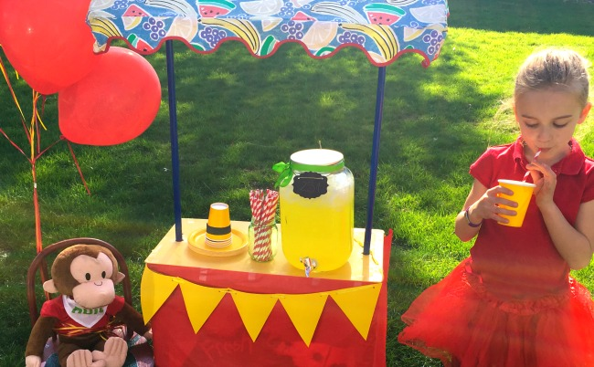 Do your kids love Curious George? If so, they'll love this DIY Curious George lemonade stand, complete with decorations and activities to celebrate this curious monkey.