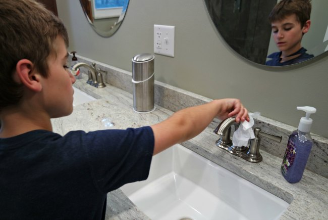 Hacks For Getting Your Kids To Clean The Bathroom My Life And Kids - To clean the bathroom