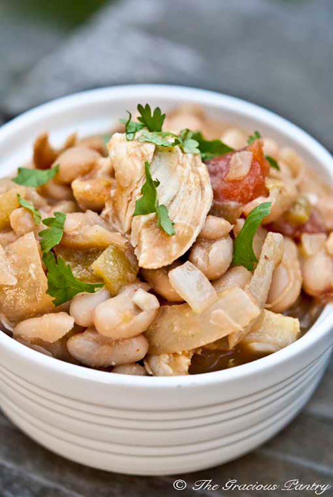 Clean Eating Slow Cooker White Chicken Chili copy
