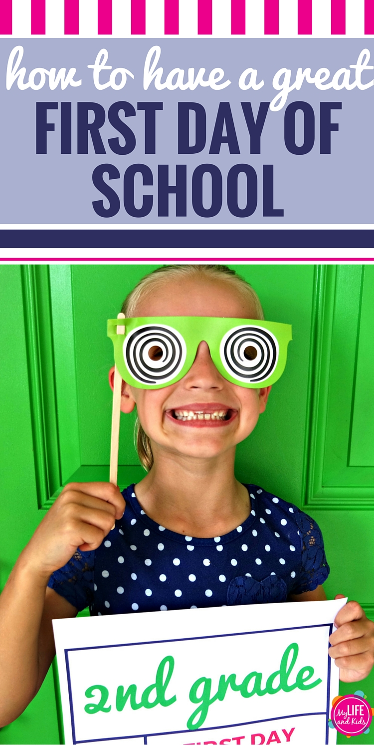 Help your kids have the best first day of school ever with these simple tips and activities. From finding the perfect outfit to tips for pictures, and even free sign printables, these back to school tips for parents will make your first day great. Plus a free checklist to keep you organized and help you know what to do a week before school, the night before school and the morning of the first day of school. #backtoschool #organized #checklist #firstday #signs #pictures