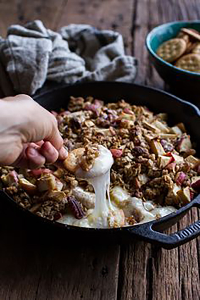 apple-crisp-baked-brie-copy