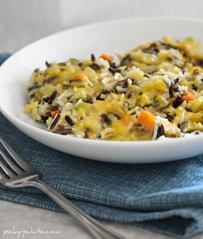 Chicken and Wild Rice Casserole – Cheesy Chicken and Wild Rice ...