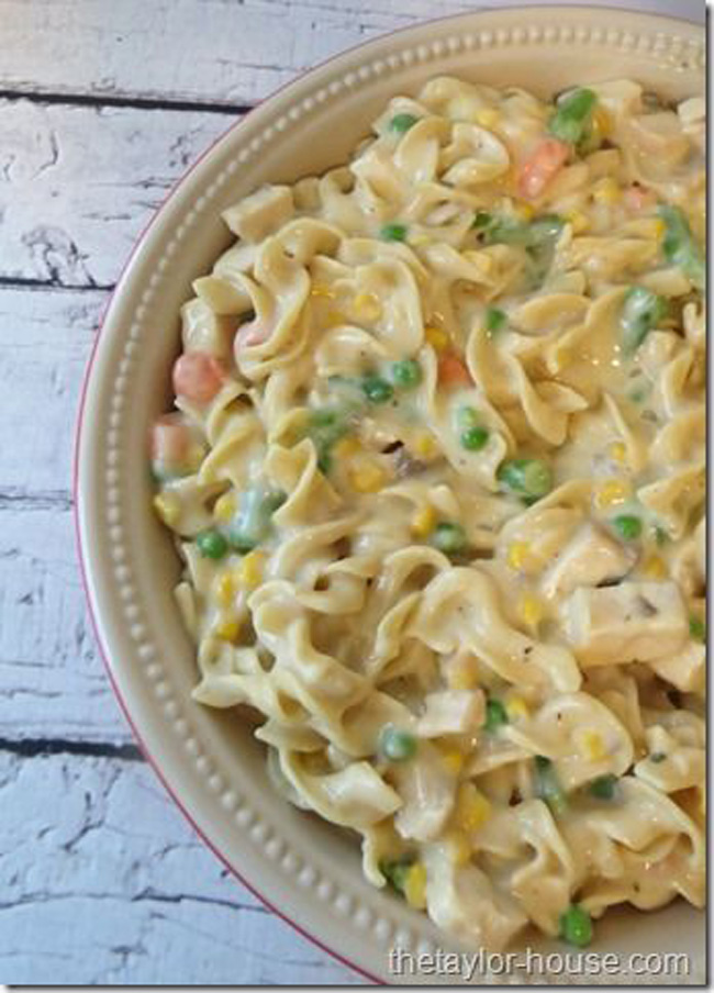 chicken-noodle-casserole