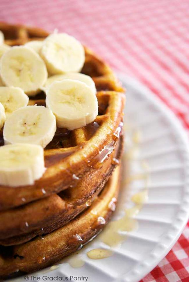 clean-eating-saturday-morning-waffles-copy