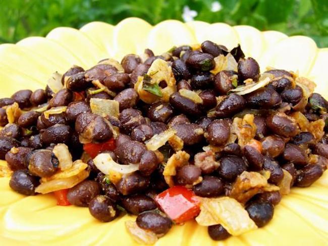 copycat-chilis-black-beans-copy