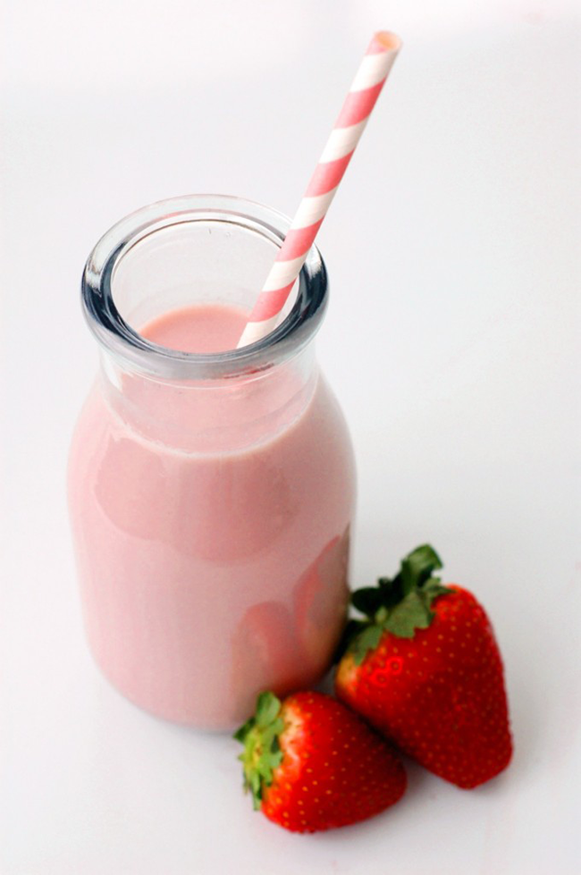 diy-strawberry-milk-syrup-copy