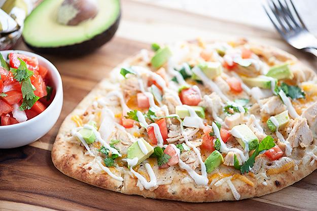 mexican-chicken-flatbread