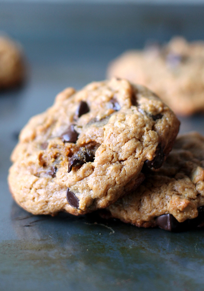 peanut-butter-oatmeal-chocolate-chip-cookies-copy