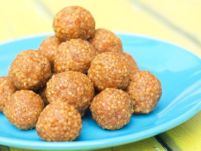 quinoa-peanut-butter-snack-balls-copy