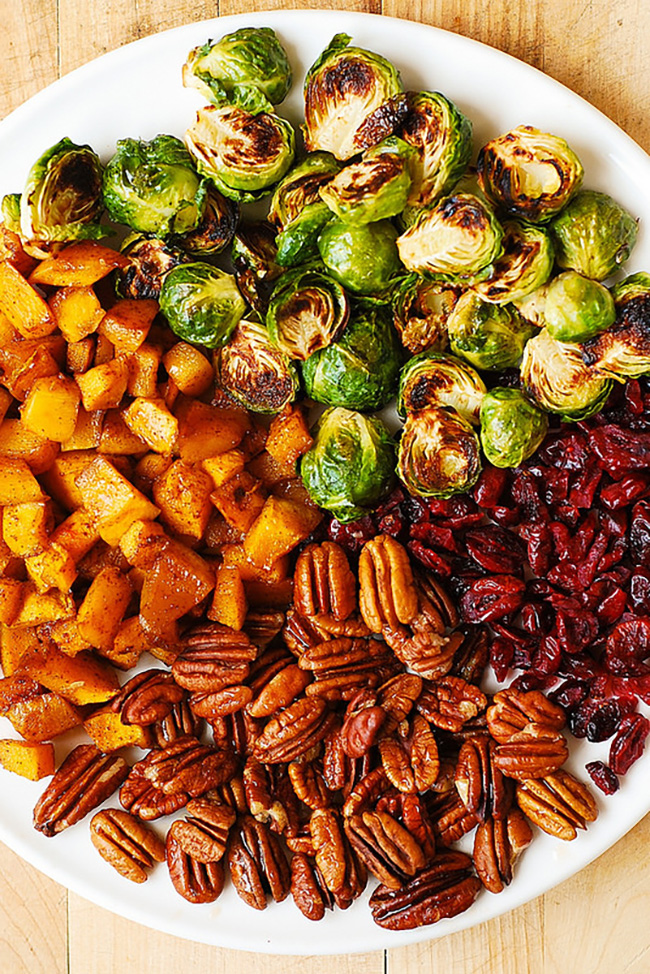 roasted-brussels-sprouts-cinnamon-butternut-squash-pecans-and-cranberries-copy