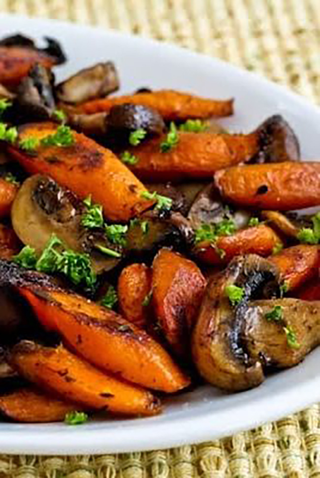 Roasted Carrots and Mushrooms with Thyme – – Roasted Carrots and ...