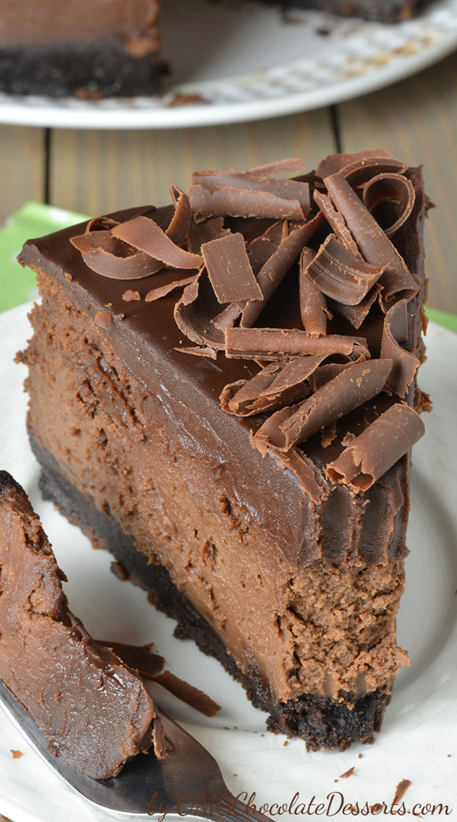 triple-chocolate-cheesecake-with-ore-crust