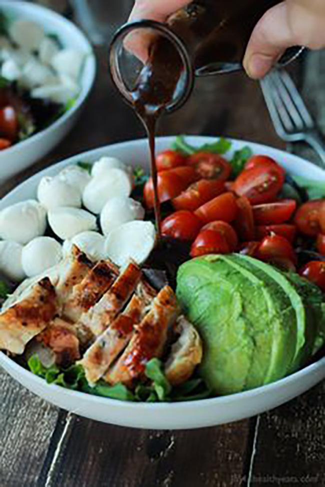 avocado-caprese-chicken-salad-copy