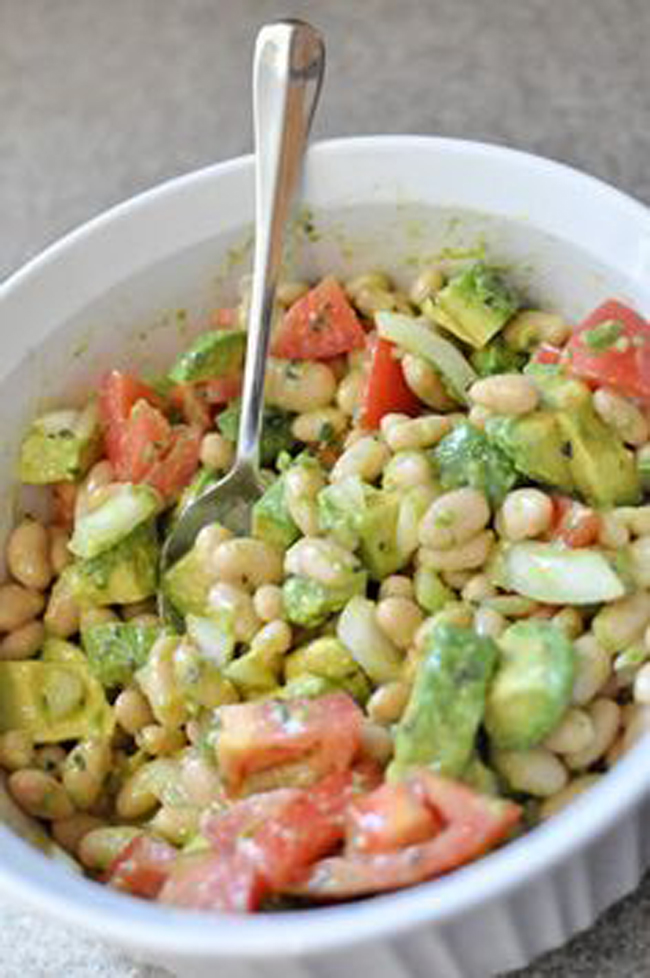 avocado-and-white-bean-salad
