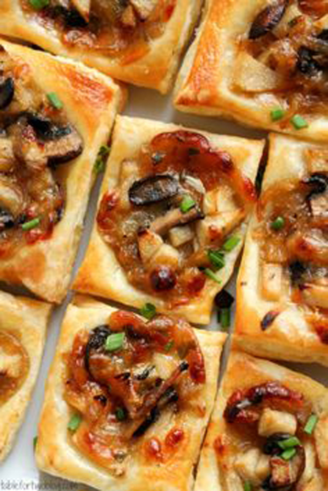 caramelized-onion-mushroom-apple-gruyere-bites