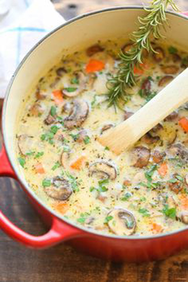 creamy-chicken-and-mushroom-soup