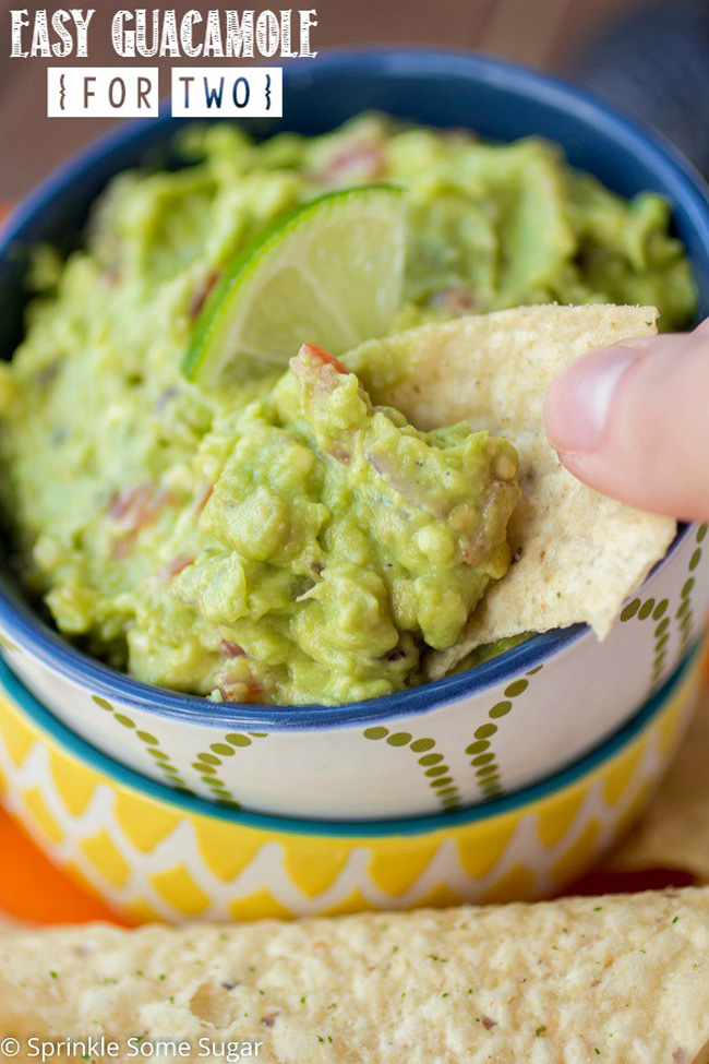 easy-guacamole-for-two