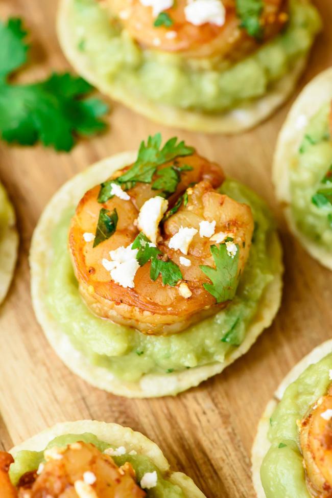 guacamole-shrimp-bites
