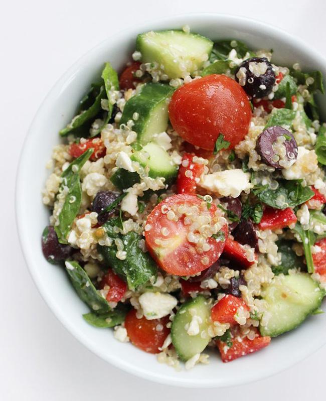 mediterranean-quinoa-salad-copy
