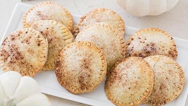 mini-pumpkin-hand-pies