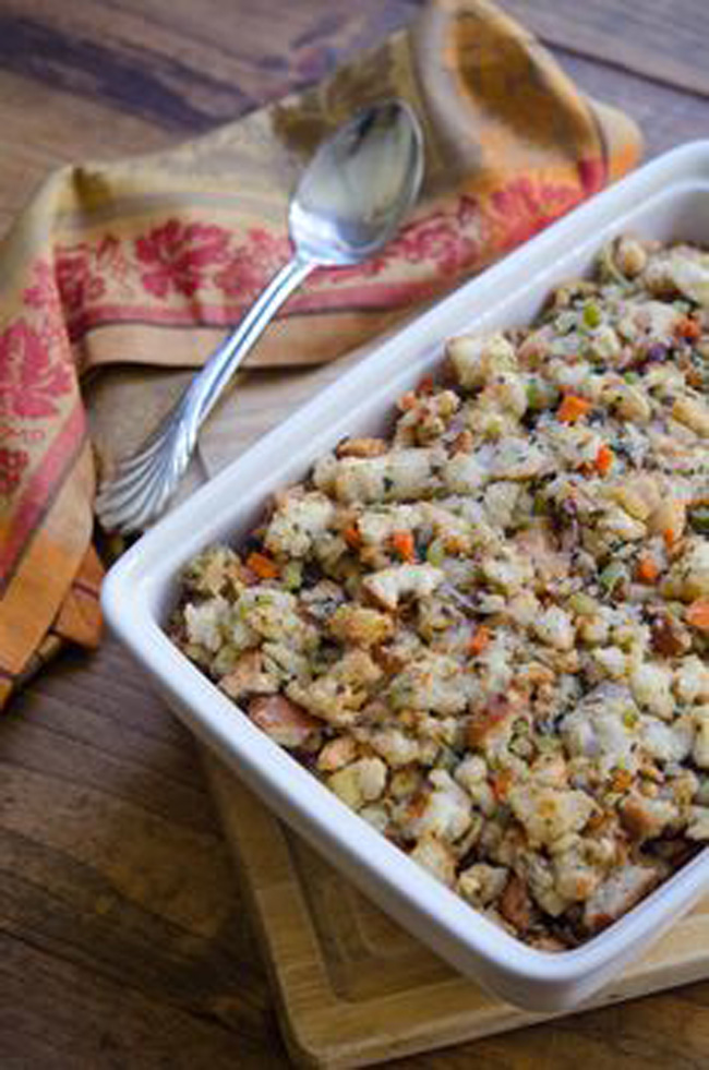 moms-classic-make-ahead-bread-stuffing