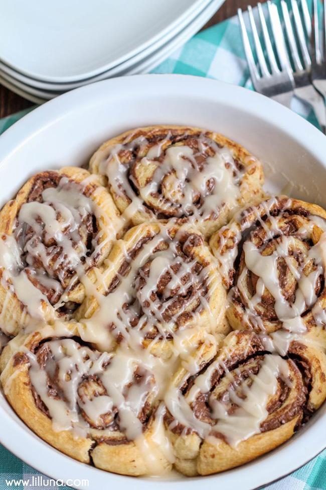 nutella-cinnamon-rolls-copy