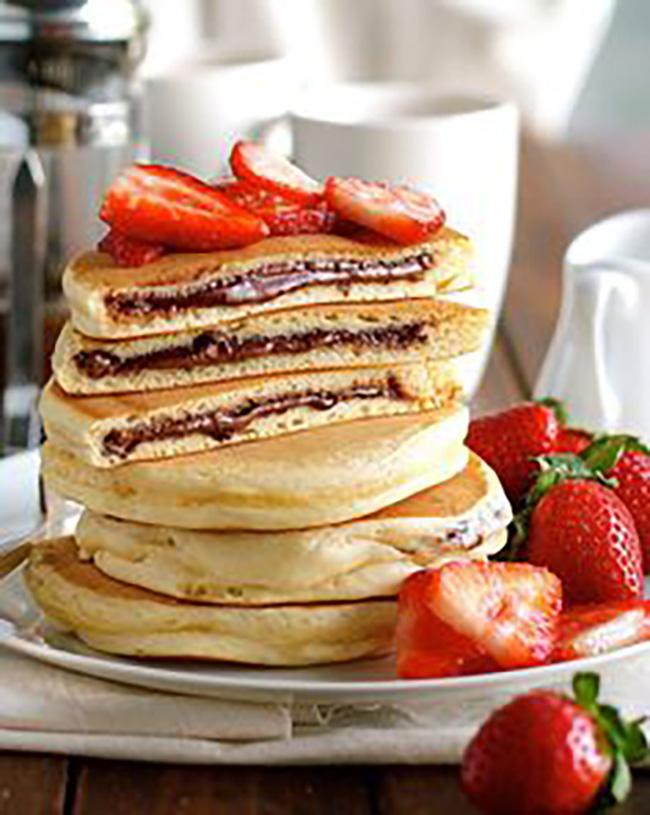 nutella-stuffed-pancakes-copy