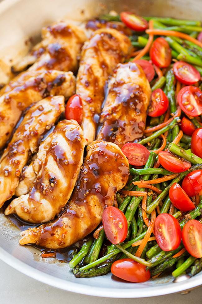 one-pan-balsamic-chicken-veggies