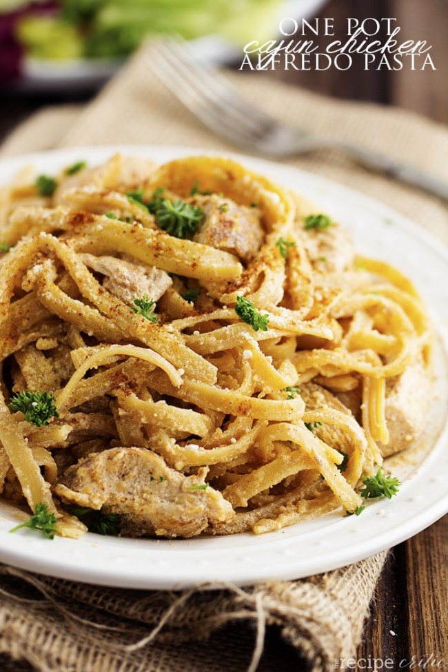 one-pot-cajun-chicken-alfredo-pasta