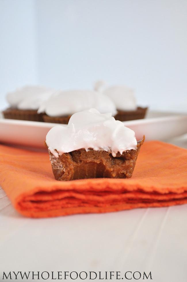 paleo-pumpkin-pie-cupcakes