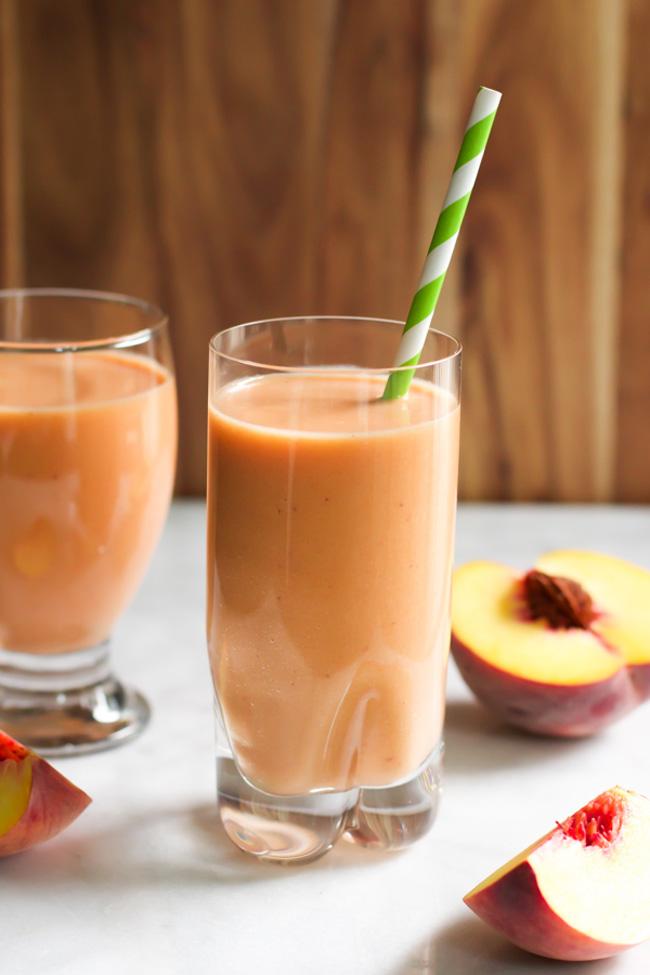 peach-carrot-smoothie
