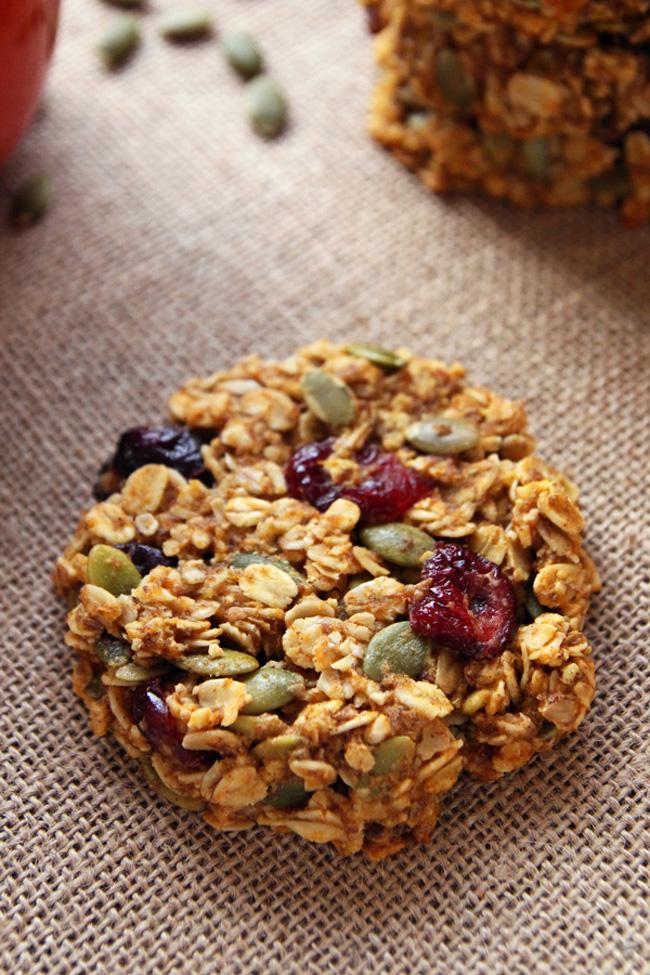 pumpkin-breakfast-cookies