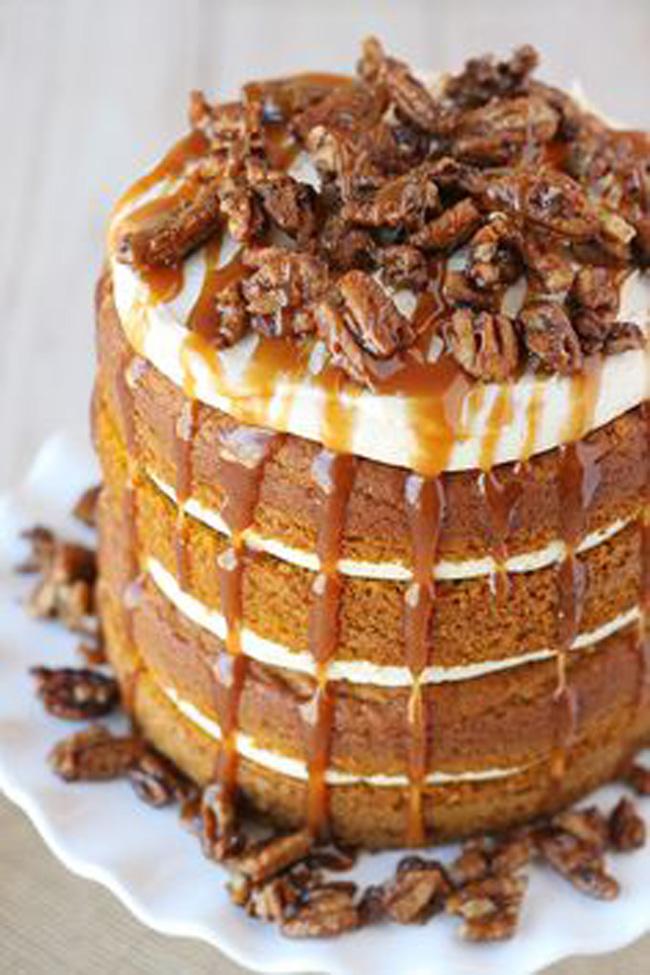 pumpkin-salted-caramel-cake