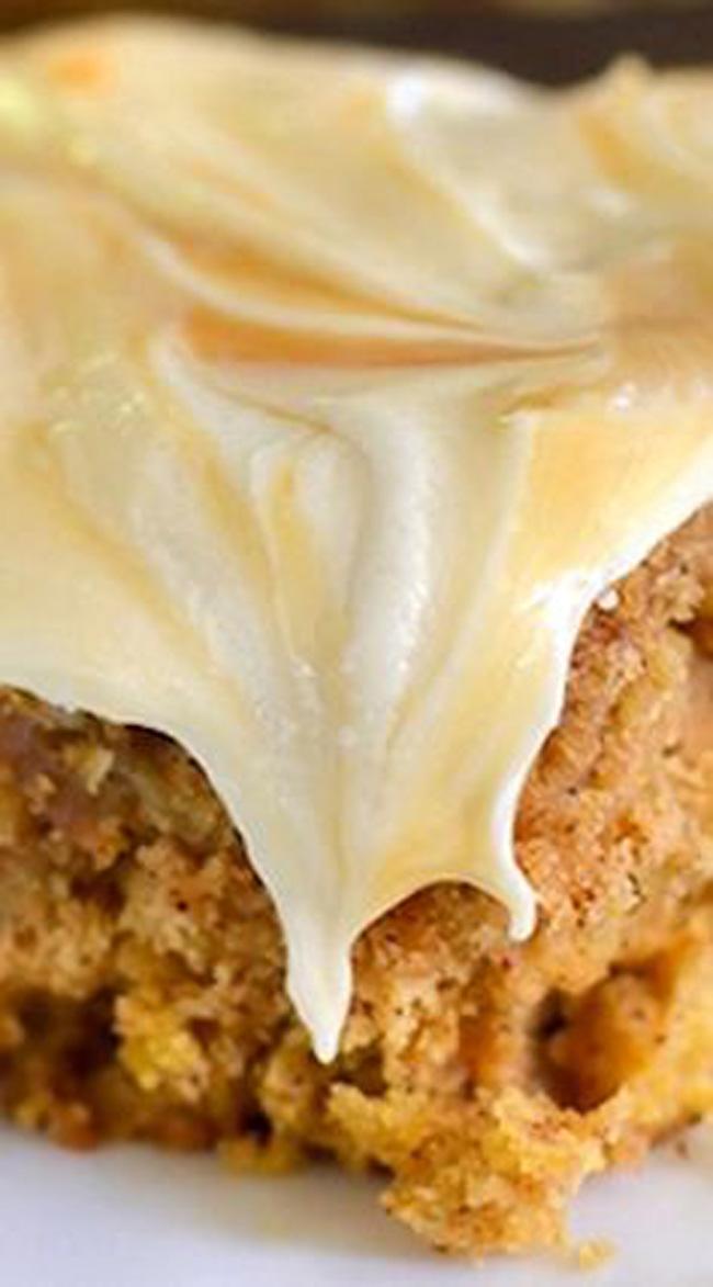salted-caramel-pumpkin-oatmeal-cake