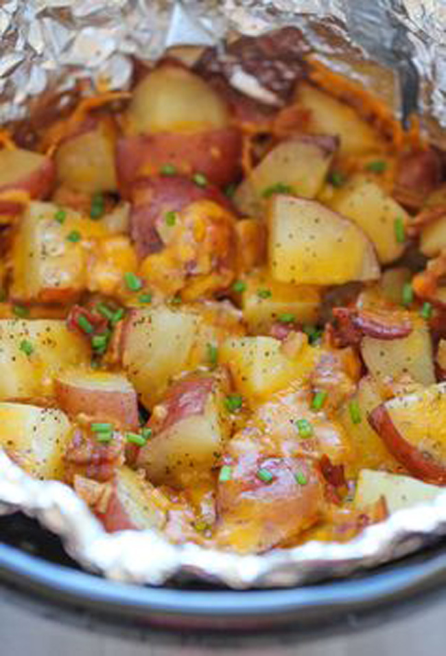 slow-cooker-cheesy-bacon-ranch-potatoes