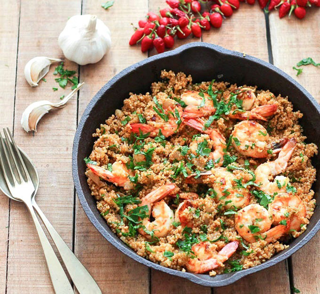 spicy-garlic-shrimp-and-quinoa