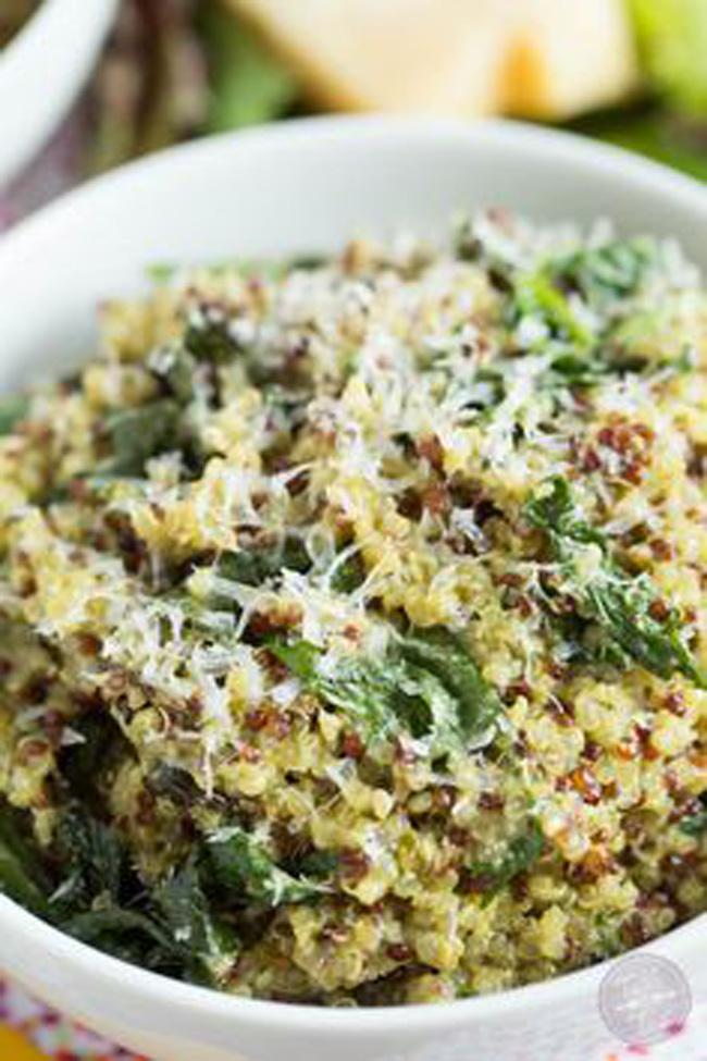 spinach-pesto-quinoa-bowl