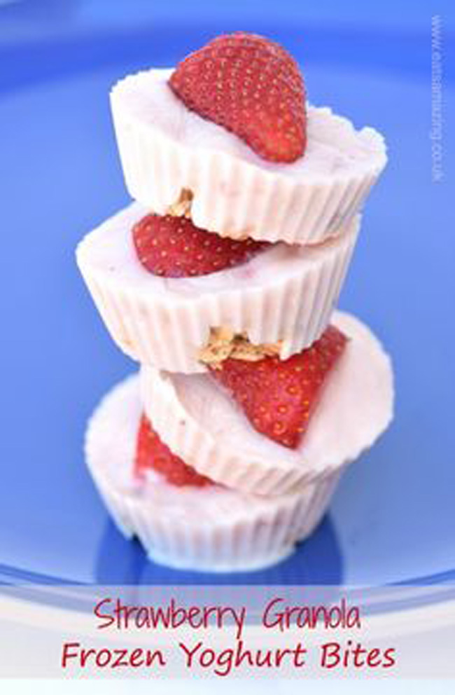 strawberry-granola-frozen-yogurt-bites